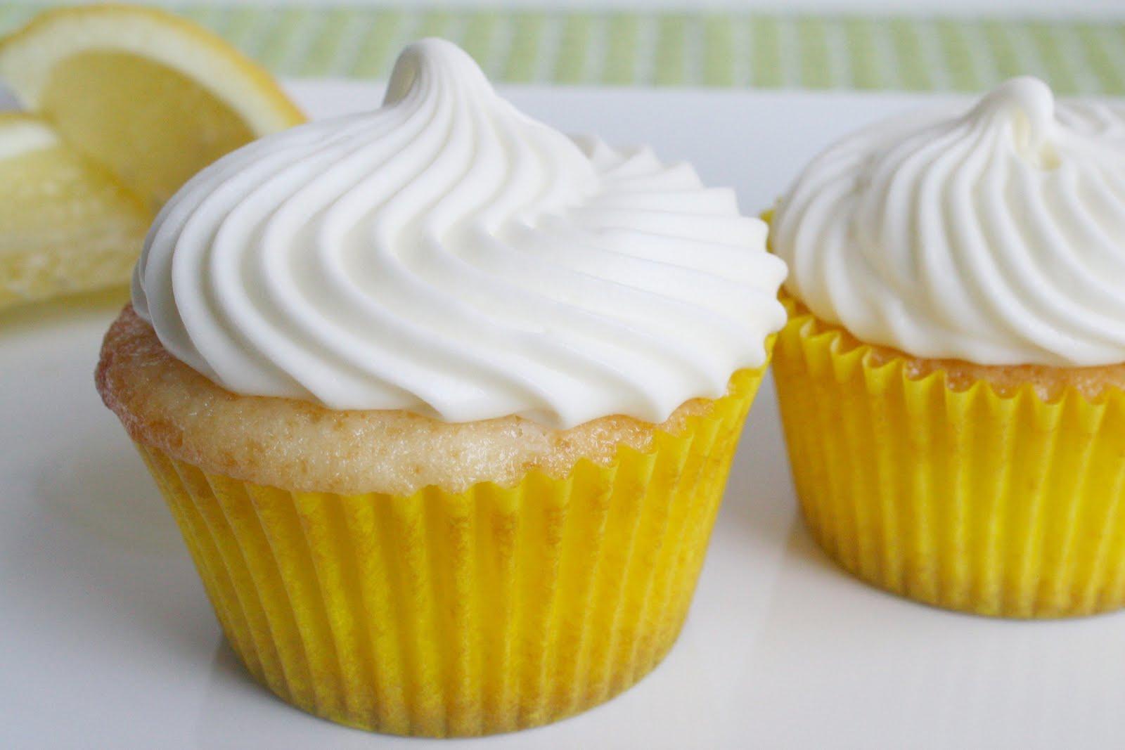 lemon cupcakes | mostlydesserts